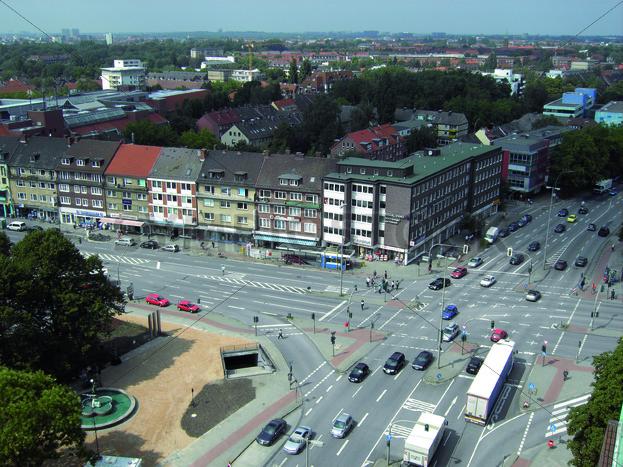 Blick auf Kreuzung Wandsbeker Marktstraße/Ring 2 - Fotos-Schmiede
