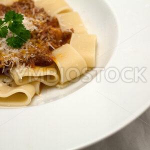 Calamarata mit Hackfleisch-Tomaten-Sauce Detail - Fotos-Schmiede